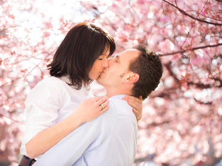 Küssen macht nicht nur Spaß, sondern ist auch gut für die Beziehung.