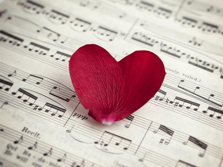 Liebeslieder auf Deutsch: Vier schöne Beispiele