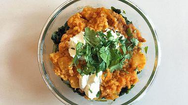Ingwer-Linsen-Curry mit Butternut-Kürbis  - Foto: liebenswert