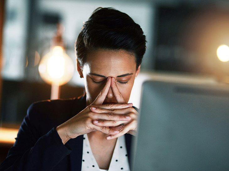 Nachtschichten wirken sich negativ auf unsere Gesundheit aus.