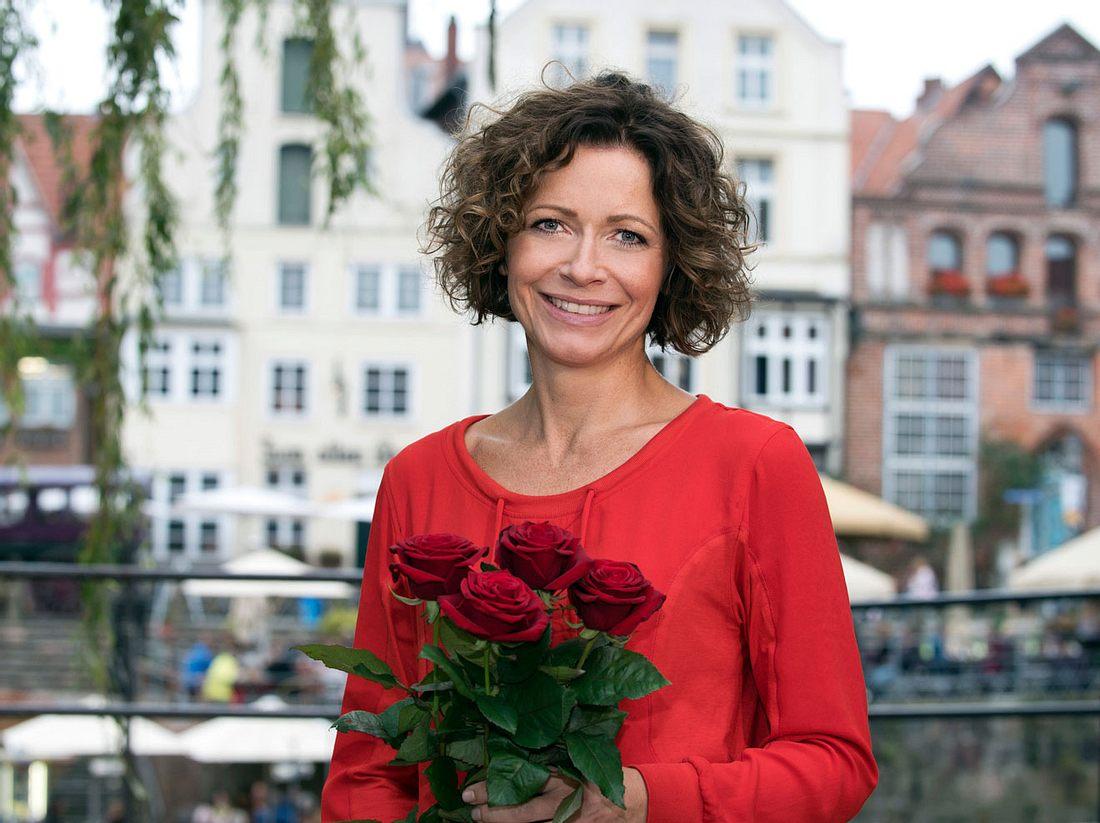 Madleine Nische ist die neue Rose und verrät wie sie privat über das Thema Treue denkt.
