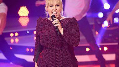 Maite Kelly: Trotz Abgeschlagenheit! Schlager-Star singt für ihre Fans - Foto: Tristar Media/Getty Images