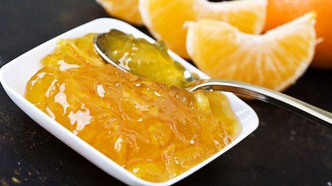 Mandarinen-Marmelade zubereiten