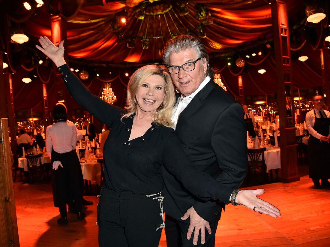 Strahlend und glücklich, so kennen wir Marianne und Michael Hartl.