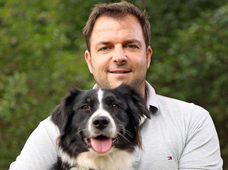 Martin Rütter mit Hündin Emma
