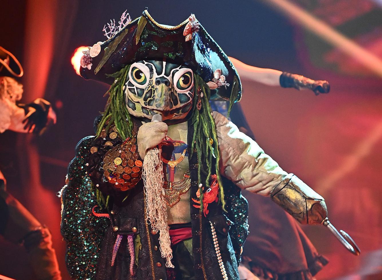 Die Piraten-Schildkröte bei 'The Masked Singer'.