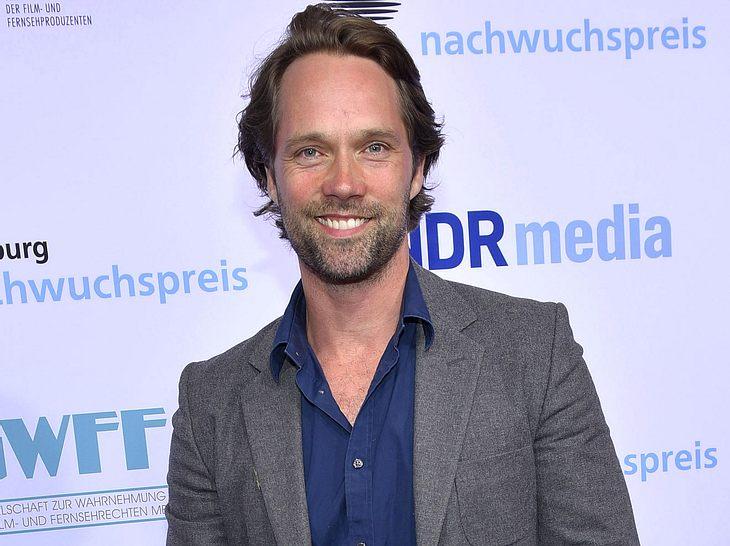 Schauspieler Matthias Schloo ist schon seit vielen Jahren Teil der Serie Notruf Hafenkante.