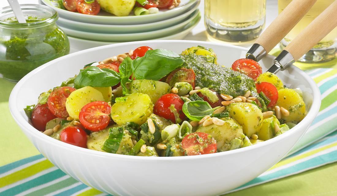 Mediterraner Kartoffelsalat.