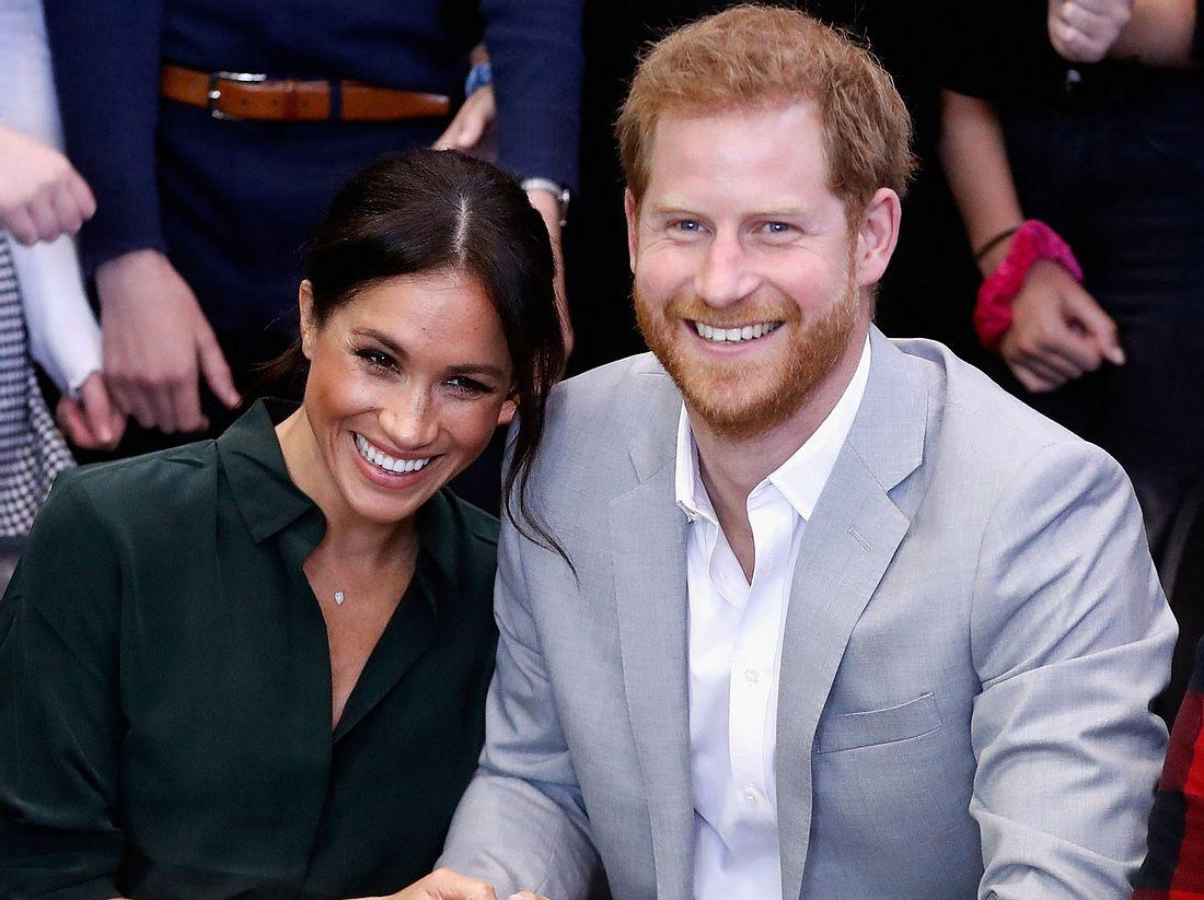 Prinz Harry und seine Frau Meghan freuen sich auf ihr erstes Baby.