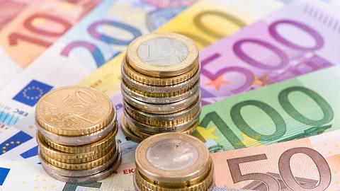 Mehr Geld 2021.  - Foto: filmfoto / iStock