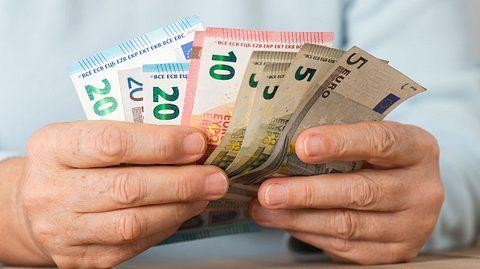 Mehr Geld 2020: Das ändert sich in diesem Jahr - Foto: solidcolours / iStock