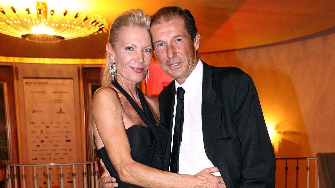 Michael Lesch mit Ehefrau Christina. - Foto: IMAGO / APress
