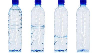 Wasserflaschen Mogelpackung des Jahres - Foto: design56/iStock