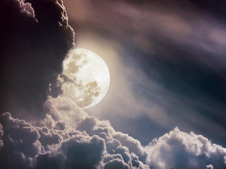 Wie der Mond unser Leben beeinflusst