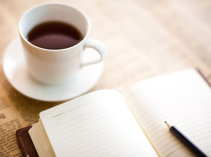 Morgenseiten nach Julia Cameron: Kreativ und entspannt in den Tag starten