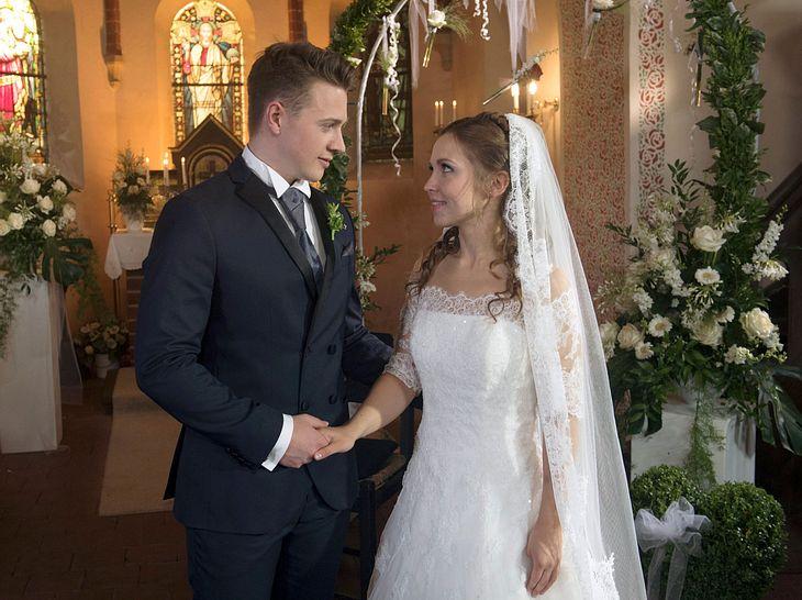 Rote Rosen: Moritz und Eteri heiraten