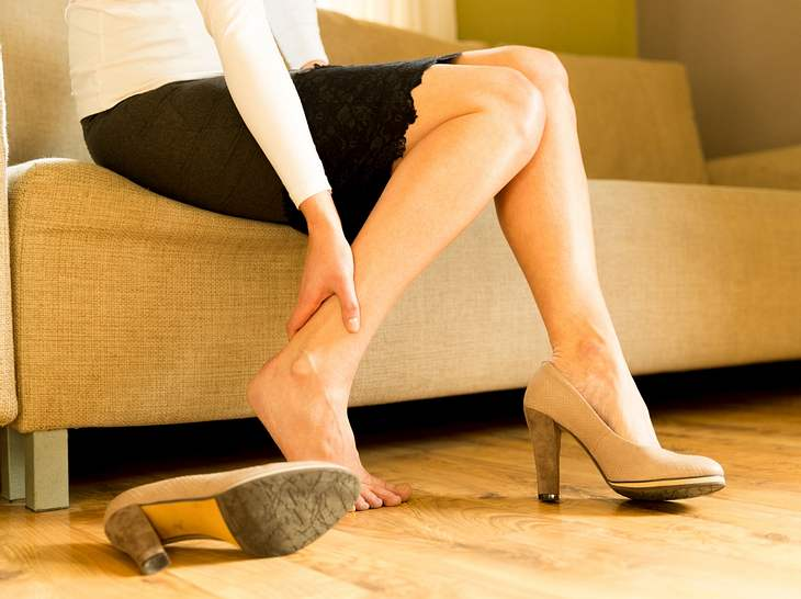 Schwere Beine? Dieses Gerät durchblutet Ihre Füße und massiert sie!