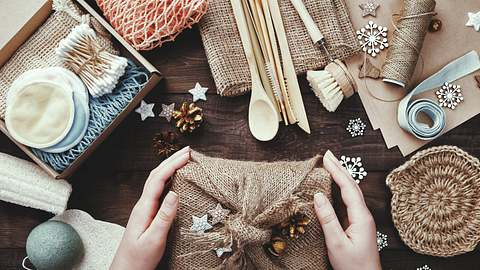 Nachhaltige Geschenke - Foto: iStock/ TanyaJoy