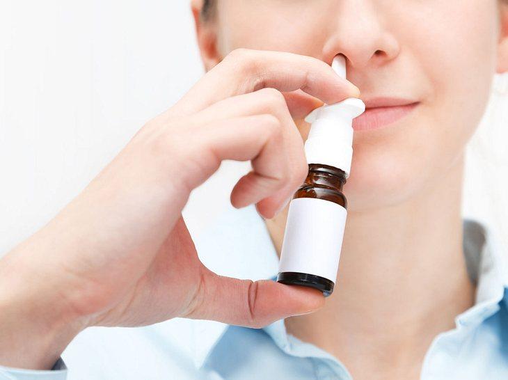 Nasenspray selber machen: Diese Hausmittel helfen bei verstopfter Nase