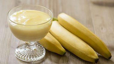 Wirksam gegen Husten: Sirup aus Bananen und Honig.