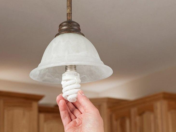 Nebenkosten sparen mit Energiesparlampe