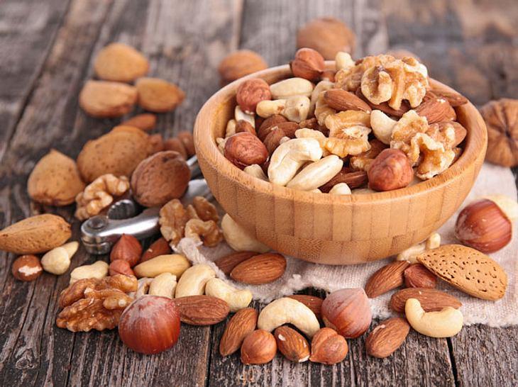 Nüsse sind gesund und helfen beim Abnehmen