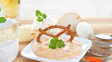 Obazda: Drei Varianten für eine bayrische Brotzeit - Foto: kabVisio / iStock