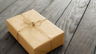 Nützliche Tipps zum richtigen Verpacken - Foto: ansonsaw / iStock