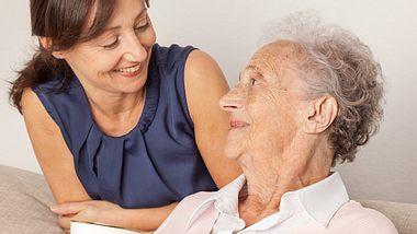 Demenz: Tipps für Angehörige - Foto: FredFroese / iStock