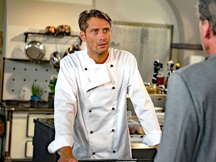 Philipp Oliver Baumgarten als Alexander bei 'Rote Rosen'.