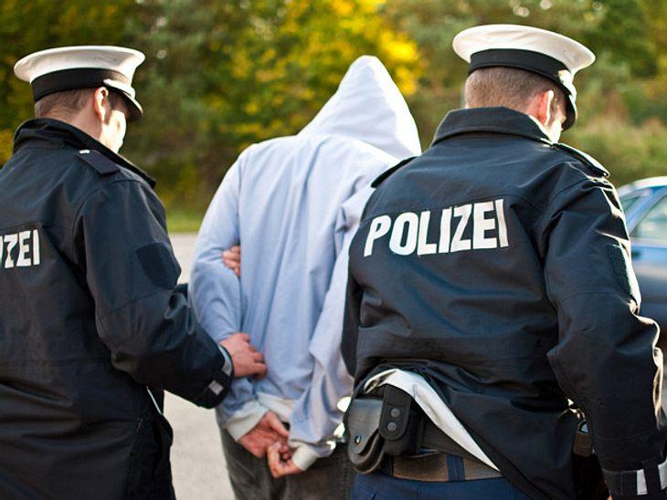 Polizei schnappt Betrueger