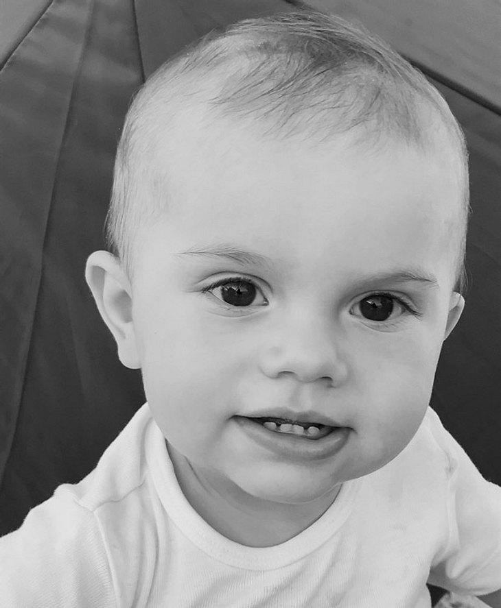 Prinz Oscar von Schweden am ersten Geburtstag.