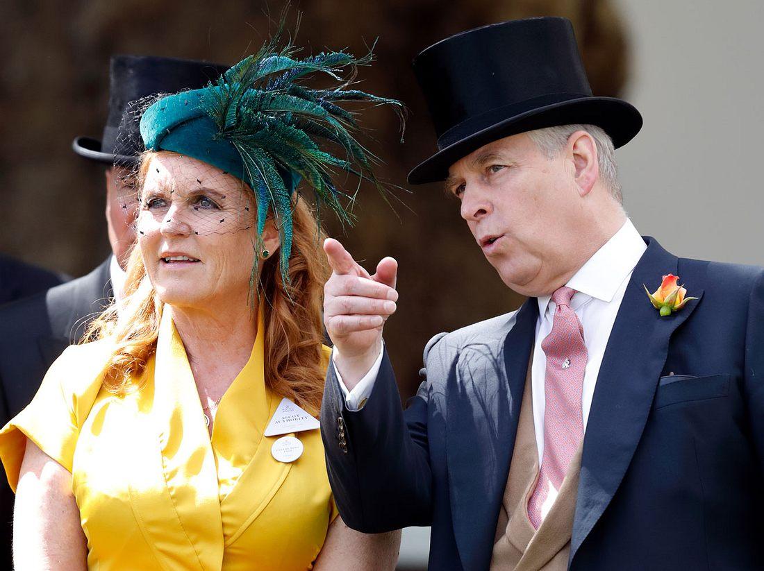 Prinz Andrew und Fergie sind gemeinsam in Ascot gewesen.