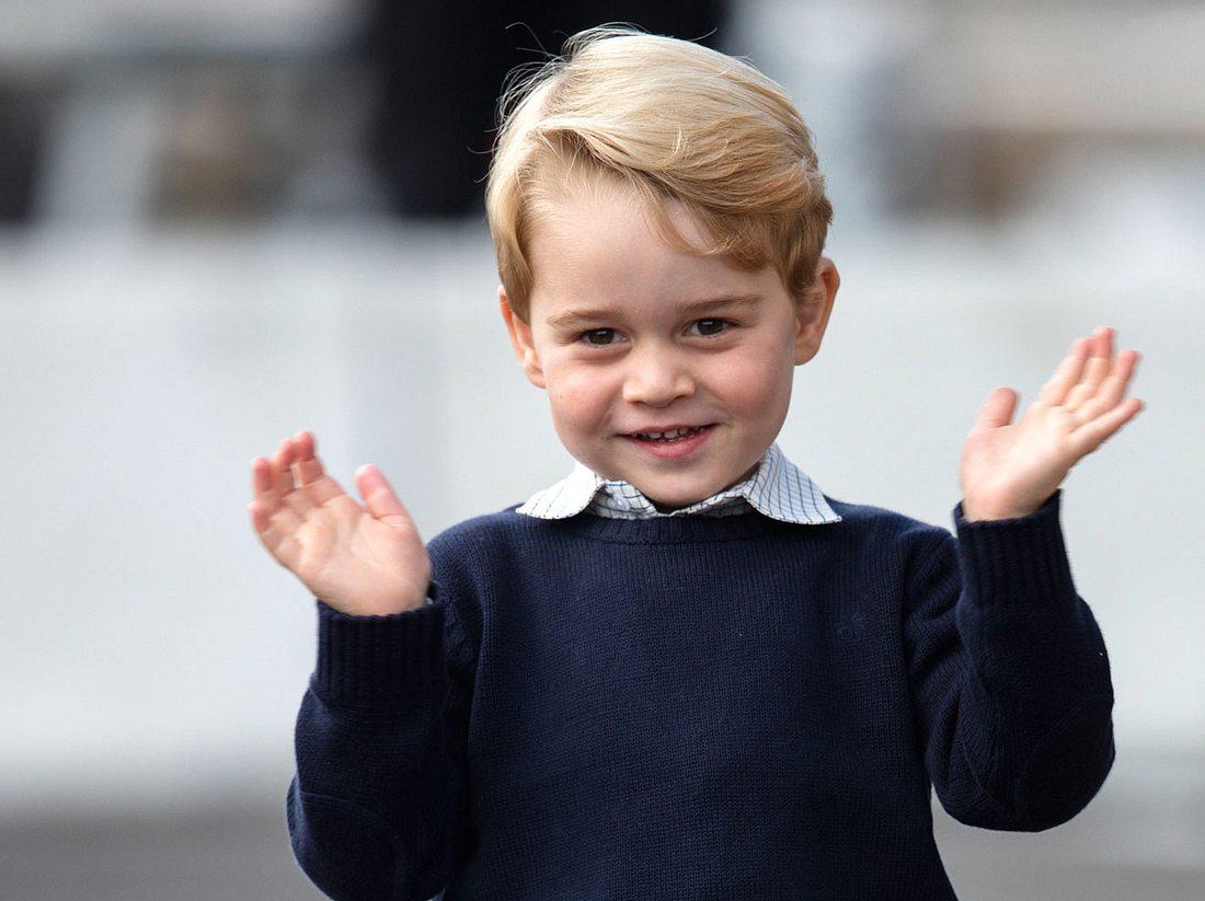 Prinz George hat dem Liebesglück seiner Lehrerin auf die Sprünge geholfen.