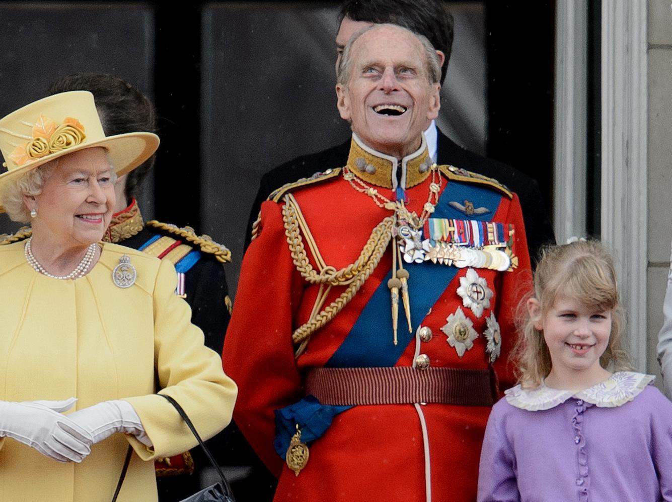 Prinz Philip zusammen mit seiner Enkelin Lady Louise Windsor.