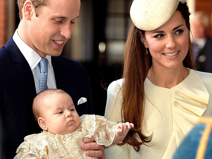 Prinz William, Herzogin Kate und Prinz George bei dessen Taufe.