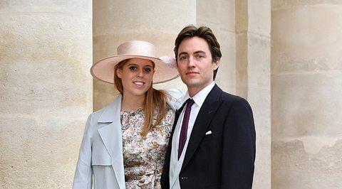 Prinzessin Beatrice und ihr Edo auf einer Hochzeit französischer Adeliger. - Foto: Luc Castel/Getty Images