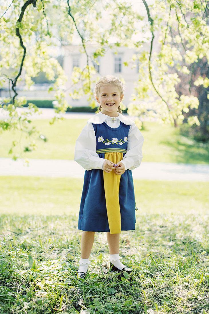Prinzessin Estelle von Schweden ist schon richtig groß geworden.