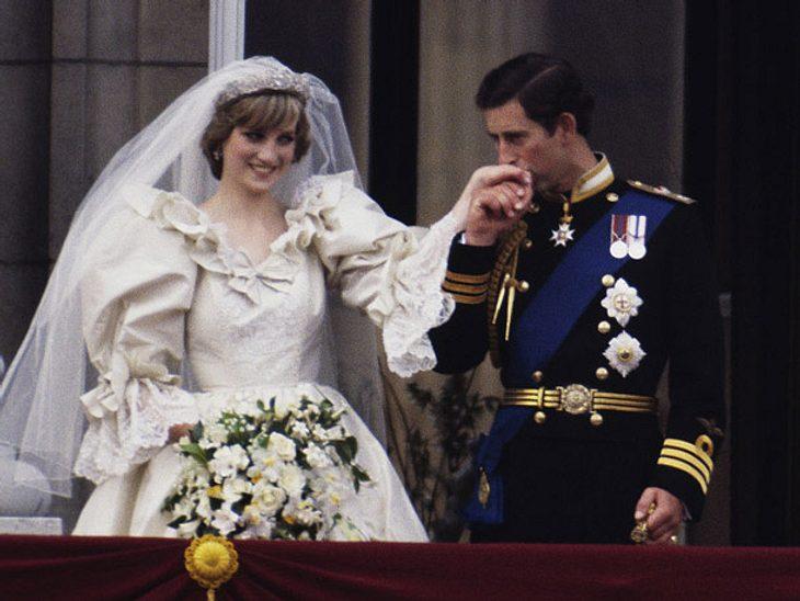 4.Diana war deutlich jünger als Prinz Charles – Zwölf Jahre trennte das Ehepaar.