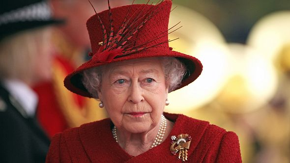 Queen Elizabeth II., voller Trauer, im Jahr 2010. - Foto: Dan Kitwood - WPA Pool /Getty Images