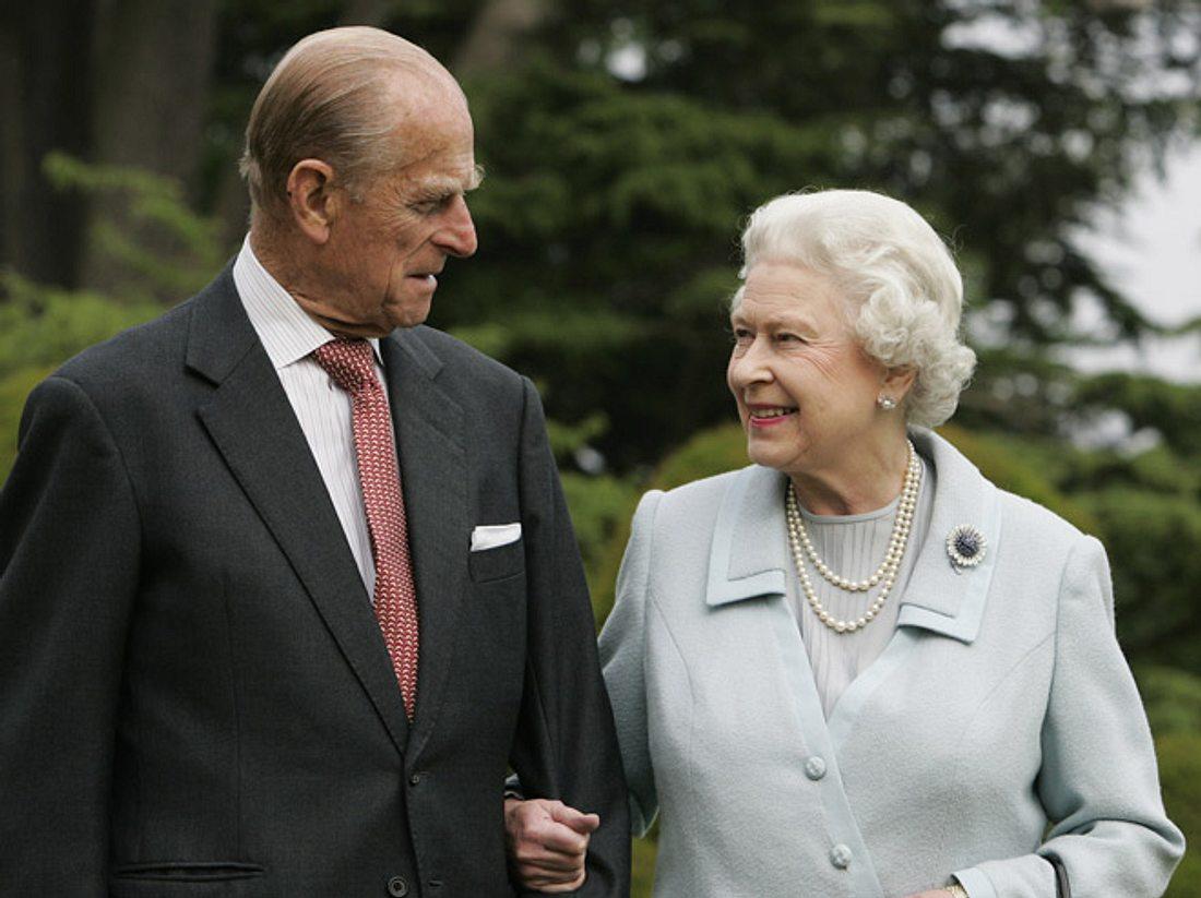 Queen Elizabeth: Prinz Philip hört auf!