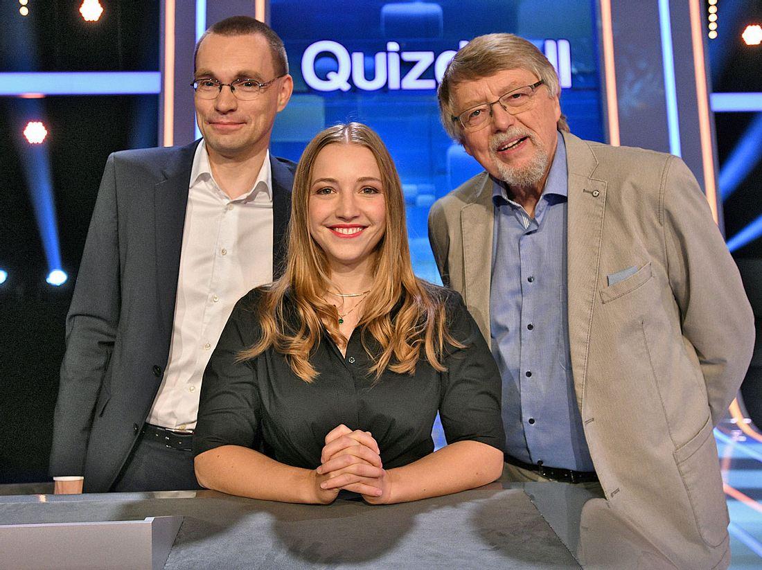 Im Quizduell-Olymp sind Thorsten Zirkel, Marie-Louise Finck und Eckard Freise die Experten.