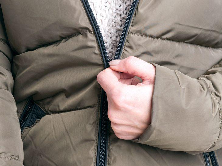 Reißverschluss Reparieren Was Tun Wenn Der Zipper Klemmt