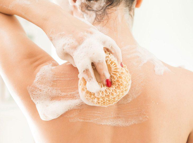 Nur fünf Stellen des Körpers brauchen Seife.