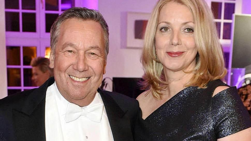 Für Sänger Roland Kaiser ist Ehefrau Silvia die große Liebe. - Foto: imago / Future Image