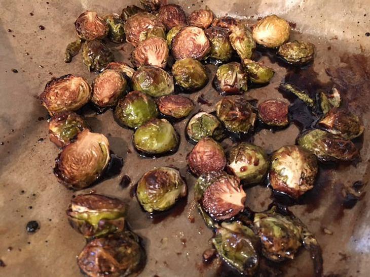 Wahnsinnig vielseitig: Das Rosenkohl-Rezept aus dem Ofen.