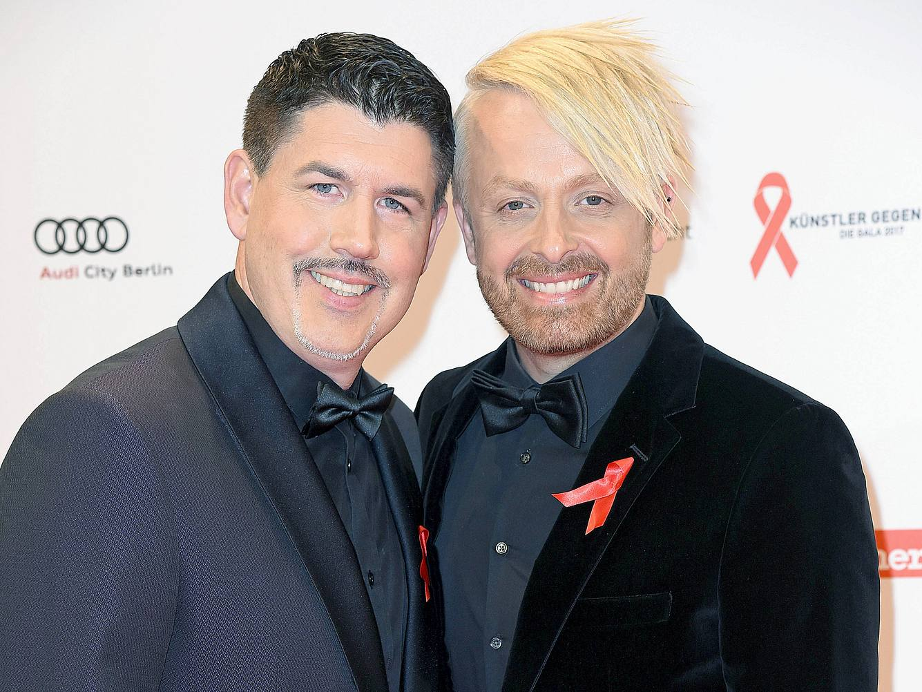 Die beiden britischen Sänger Paul Reeves und Ross Antony sind seit fast zwanzig Jahren ein Paar.