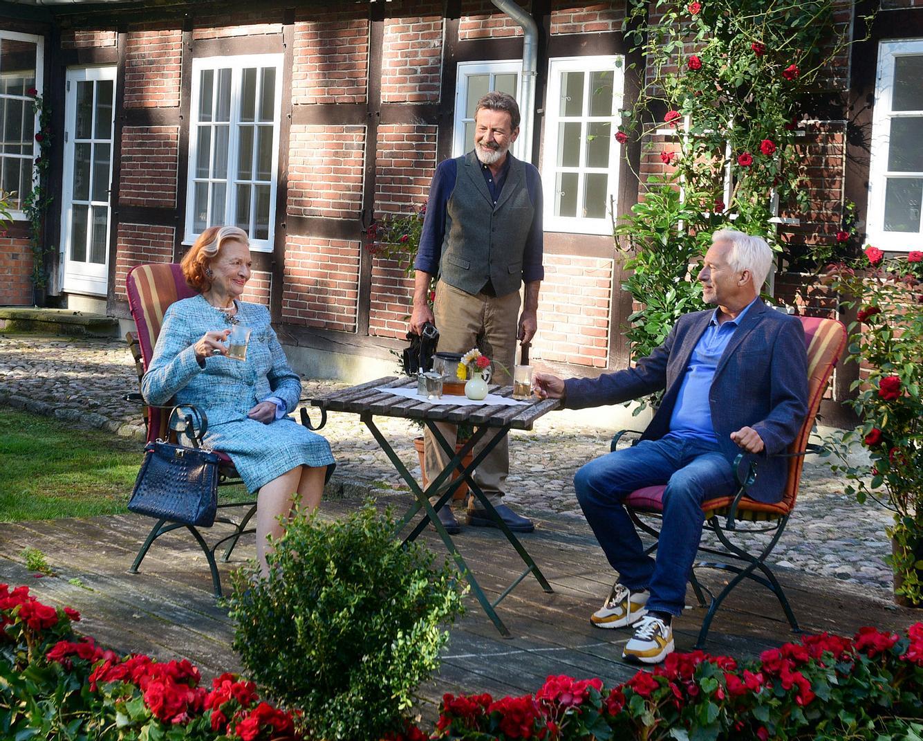 Brigitte Antonius und Gerry Hungbauer mit Hermann Toelcke