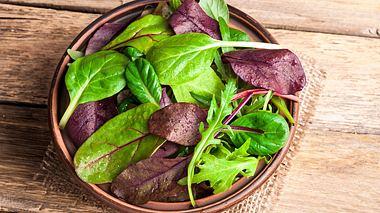 Welche Salatsorten sind am gesündesten? - Foto: LanaSweet / iStock
