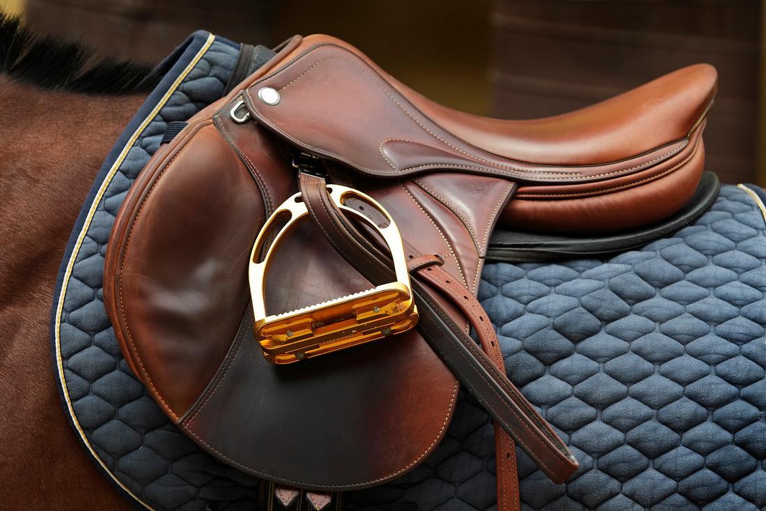 Sauberer Pferdesattel